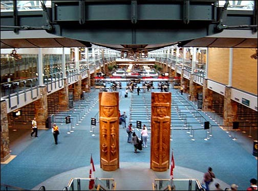 Bandara Internasional Vancouver, Kanada