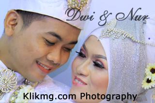 Foto Wedding DWI & NUR - 23 Juli 2015 | Tata Rias, Busana & Dekorasi oleh : House Of Aan Purwokerto | Foto oleh Klikmg Fotografer Purwokerto