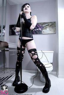 Teen Nude Girl - Beau_%2528SG%2529_Coma_White_02.jpg