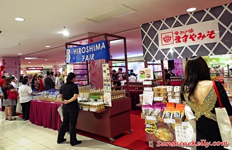 Hiroshima Products Fair, AEON Bandar Utama, AEON Mid Valley, AEON, Japanese Food Snacks Beverages, Traditional Hiroshima Products; Hiroshima Oysters, Haruku; Sakura Mochi; Ebisu Arare, Sennari, Yuzu Orange Vinegar, Lemon Vinegar, Asamurasaki, Soba Noodle Sauce, Oyster Dressing Sauce, Tanaka, Japanese Rice Seasoning, Hello Kitty Rice Seasoning, Hiroshima Okonomiyaki, Ishino Suisan, Dried Chirimen Fish; Kumano Fuda, japanese makeup brushes, Hiyashi Ame, traditional Japanese drink; Maruto Seika Nagasaki Castella, Japanese sponge cake, Amano Itsumo No Omisoshiru, convenience miso soup, Mishima, rice mix, tamako Nameshi, Akira, Takikome Wakame Benizake, Maze Maze Gohan Gokoku Hinjiki, Chirashi Zushi