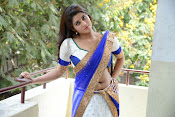 Actress Harini Hot Photo Shoot Gallery-thumbnail-3