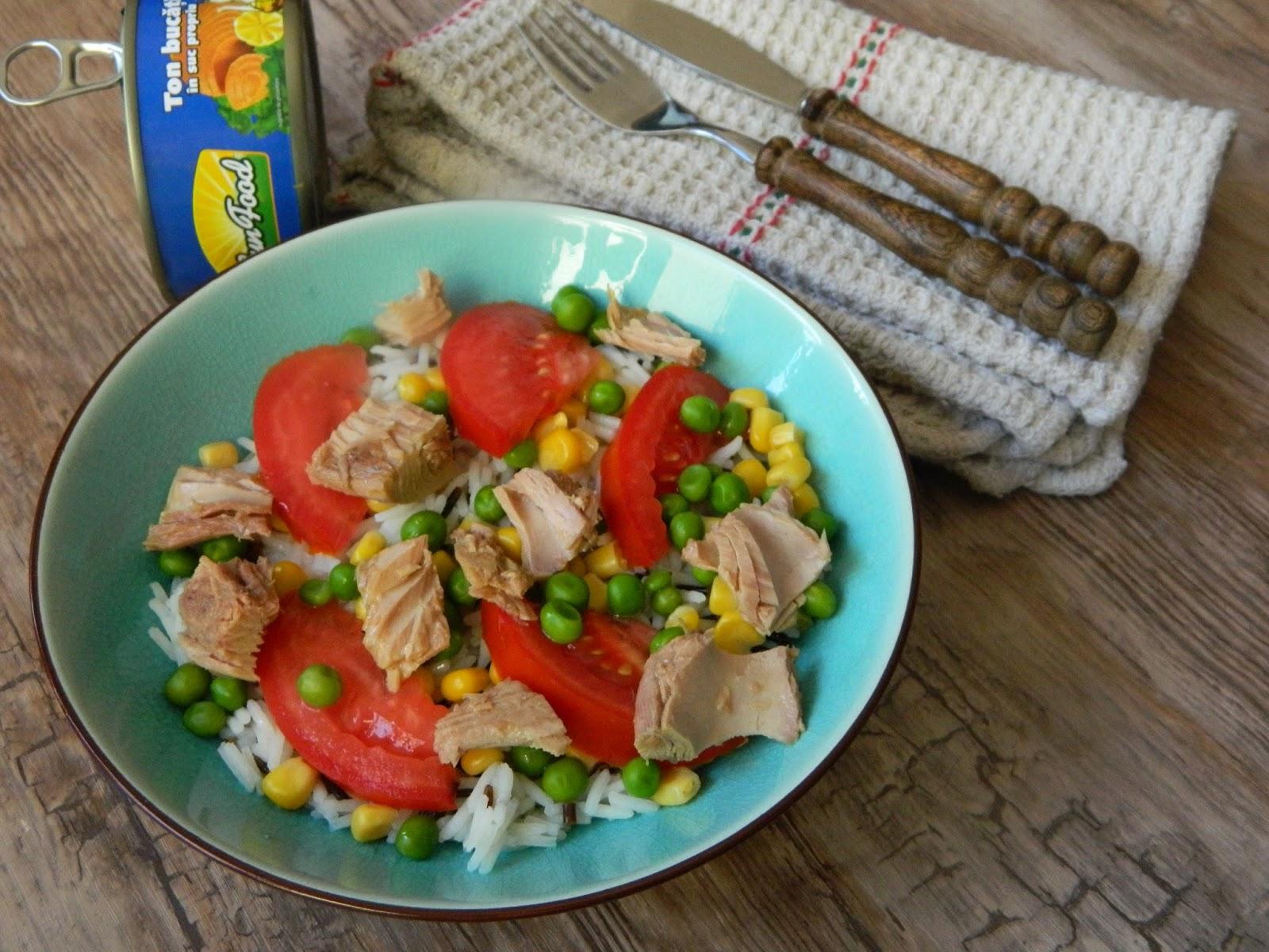Salata de orez cu ton