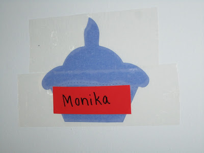 cupcake-shaped name tag at pre-school