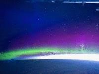 Nasa divulga imagens da aurora boreal vista do espaço