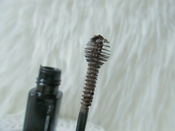 Maybelline BROWdrama Sculpting Brow Mascara - Bürste