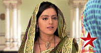 Diya Aur Baati Hum 9th March 2012 Photo Shoots Gallery