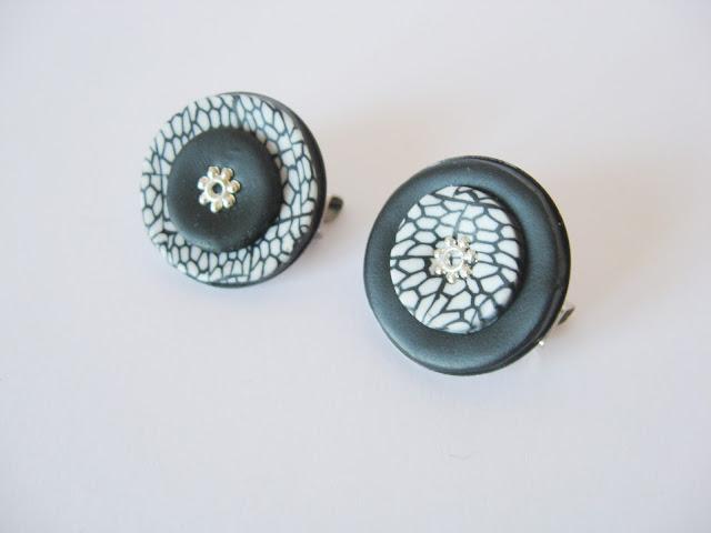 bijoux lois noir blanc broche