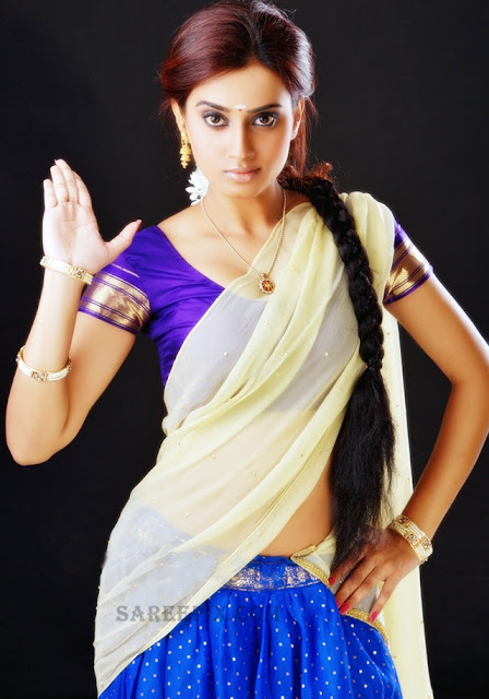 Dimple-Chopade-half-saree-photoshoot