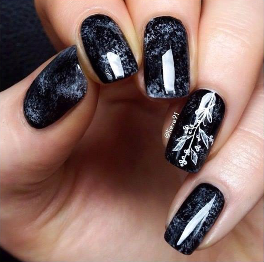Four Best Black And White Nails Designs