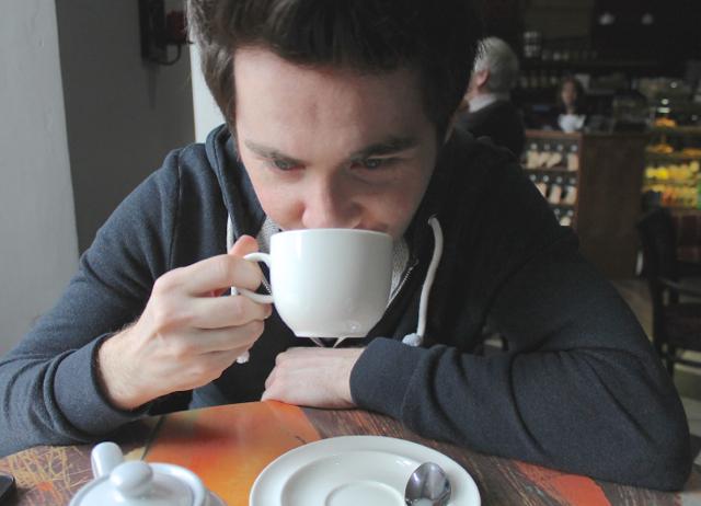 B drinks tea