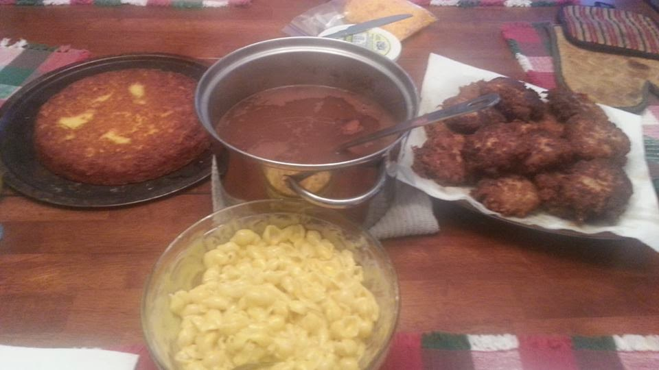 http://sharingwithmysisters.blogspot.com/2014/08/carols-kitchen-table-salmon-patties.html