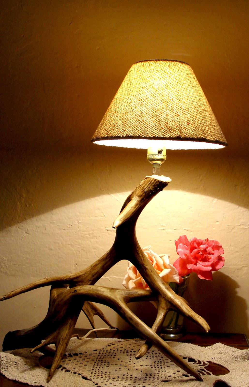 Desde jalisco bazar l mpara r plica de cuerno de venado bura for Replicas de lamparas