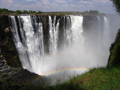 اجمل الشلالات العالم Victoria-Falls-Full.jpg