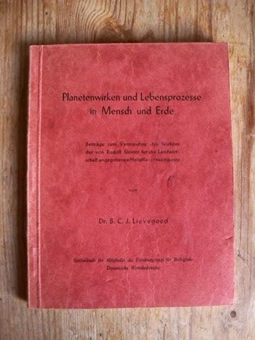 Lievegoed, Bernard C. J: Planetenwirken und Lebensprozesse in Mensch und Erde.
