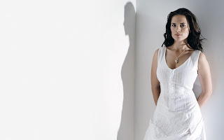 Havely Atwell in white cloth top hd nice wallpapers