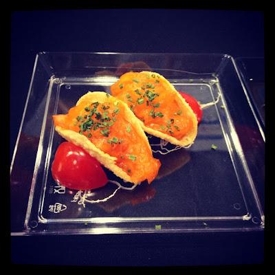 Такос с лососем и пряным мисо - Nobu