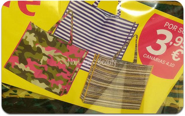 Regalos revistas septiembre 2015: Divinity + Marie Claire (bolsos)