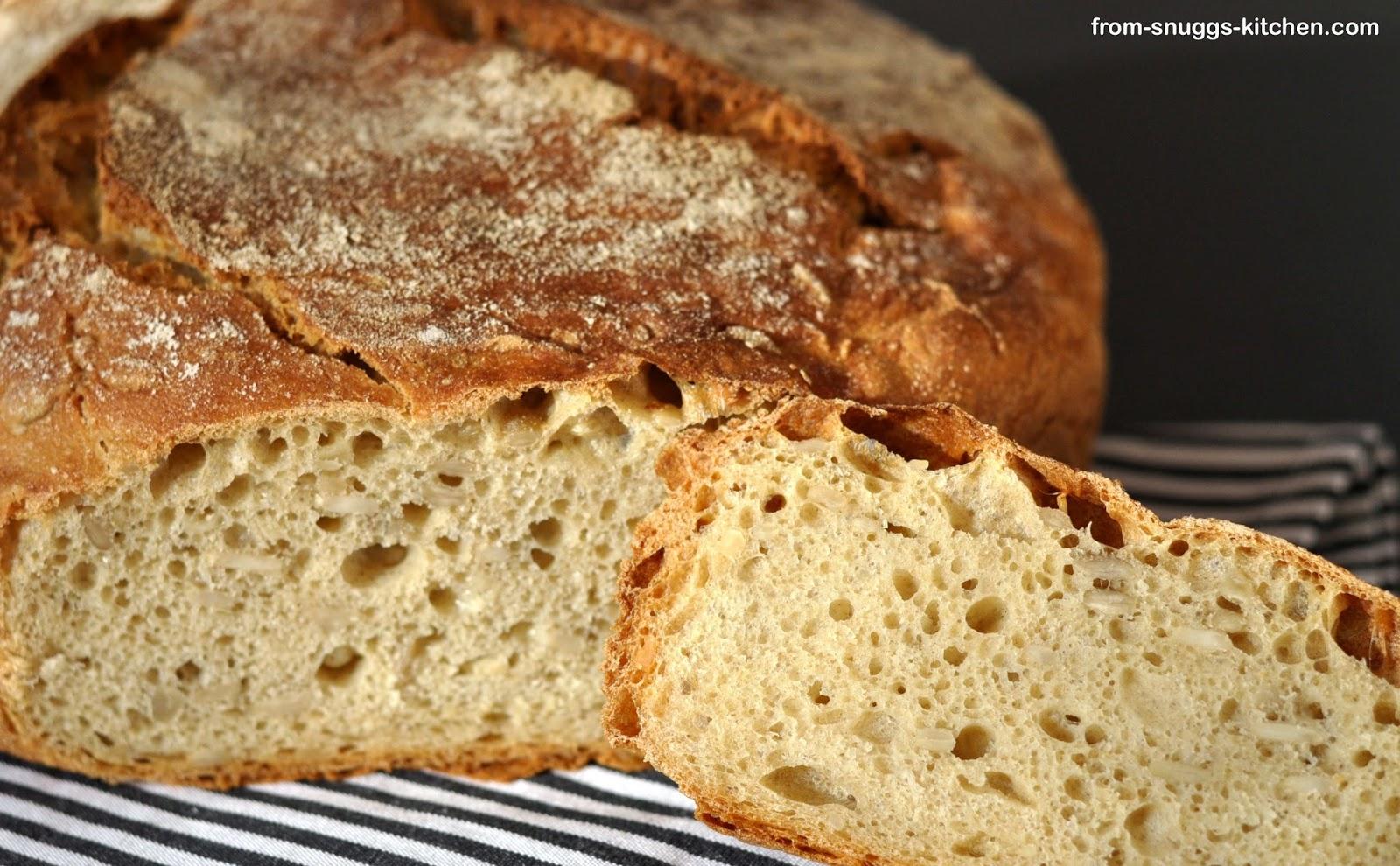 Brot mit Frischkäse im Teig