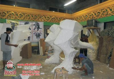 Proses Awal Pembuatan Patung Roshan