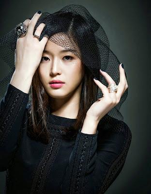 Jeon Ji Hyun - Cine21 Magazine Beauty in Black