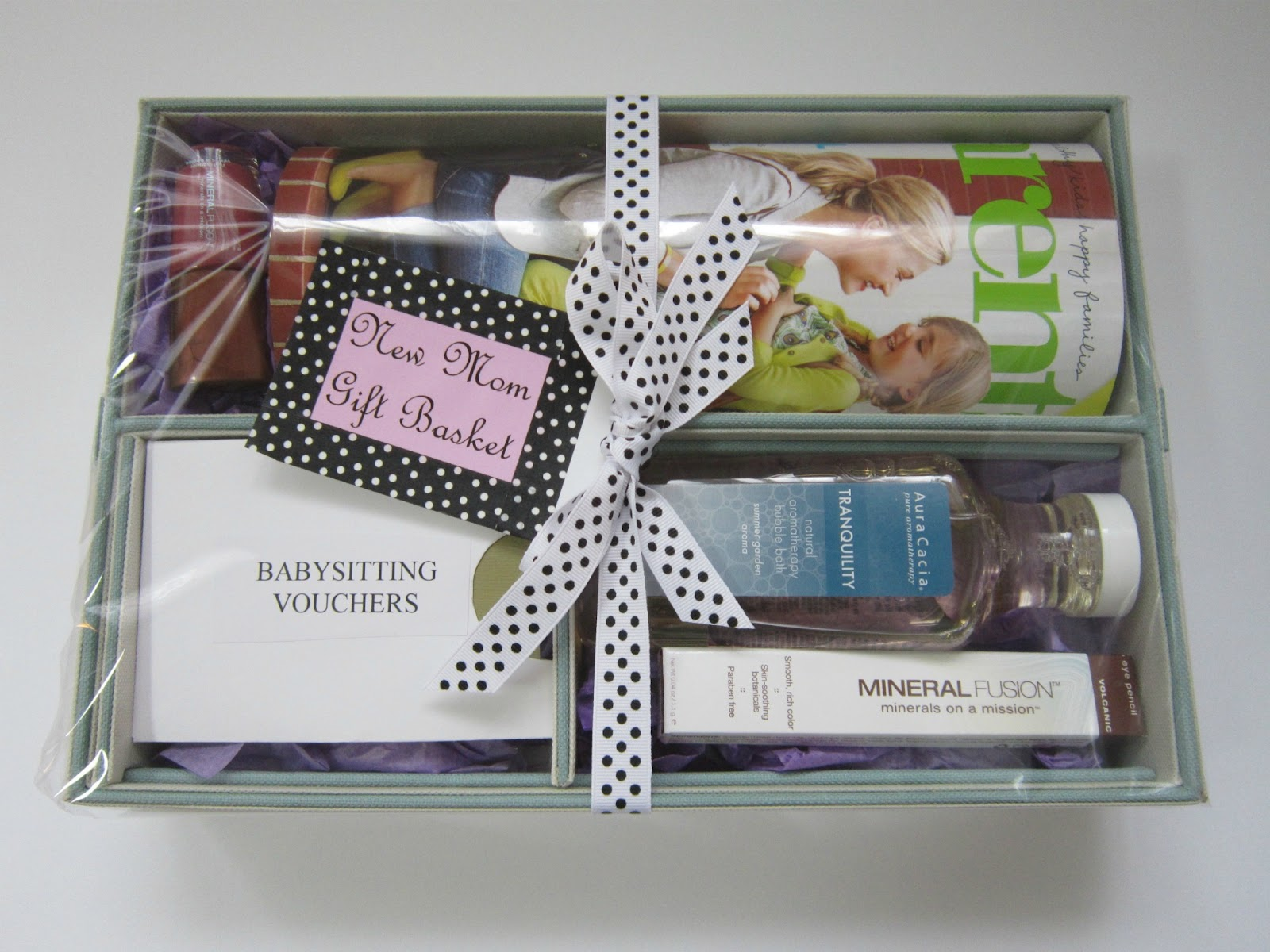 Design megillah new mom gift basket for Mother to be presents