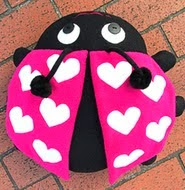 http://translate.googleusercontent.com/translate_c?depth=1&hl=es&prev=search&rurl=translate.google.es&sl=en&u=http://www.sew4home.com/projects/pillows-cushions/ladybug-pillow-pal-heart-wings&usg=ALkJrhgHOoqQVO-YGPWMBVp2BM1tmlhs3A