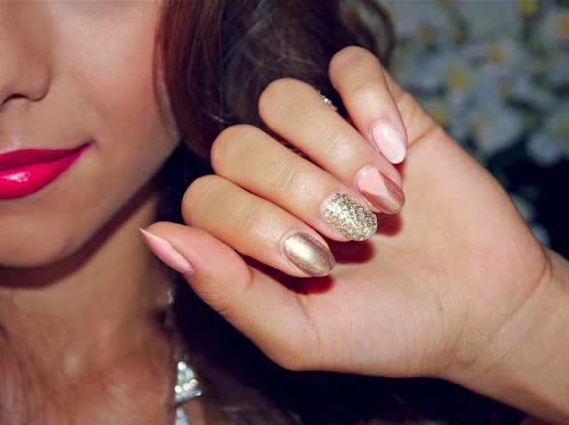 Annie Jaffrey Rose Gold Nail Art