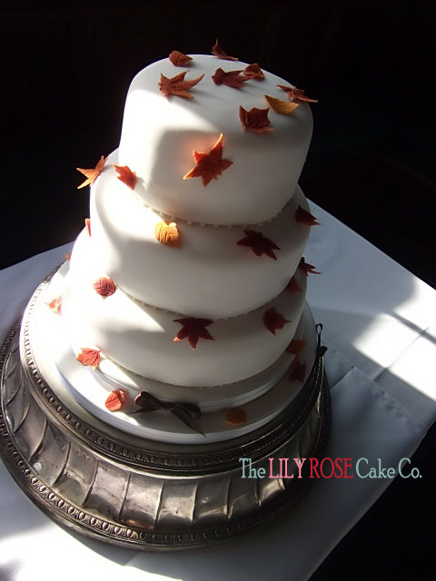This cake was delivered to the gorgeous Rhinefield House Hotel set in the