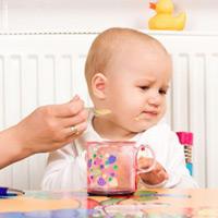 Trẻ biếng ăn – cần phải làm gì ?, bé biếng ăn