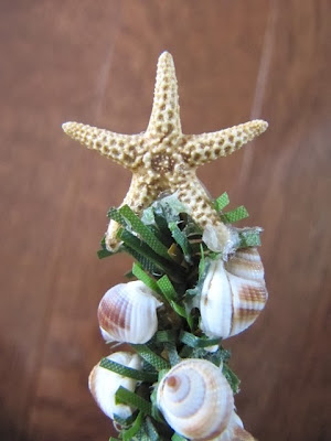 seashell Christmas tree