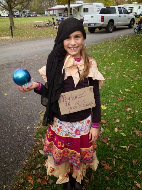 Fortune Teller Costume, Gypsy costume