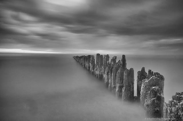 long exposure, Kołobrzeg, plaża, długa ekspozycja, black and white