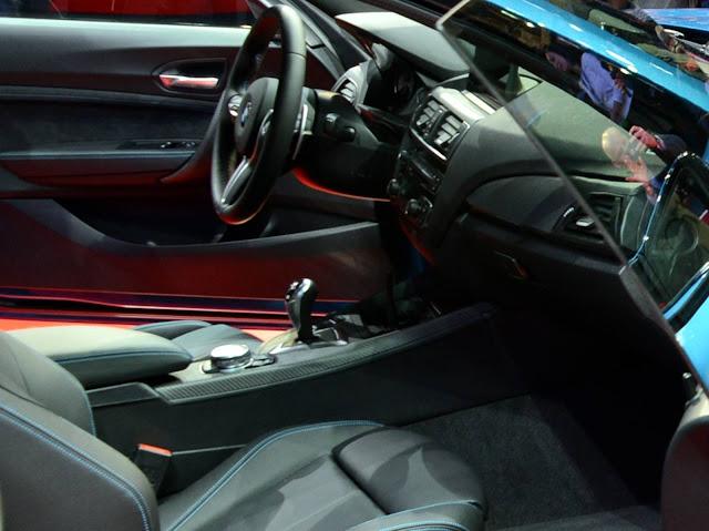 2017 BMW M2 - interior