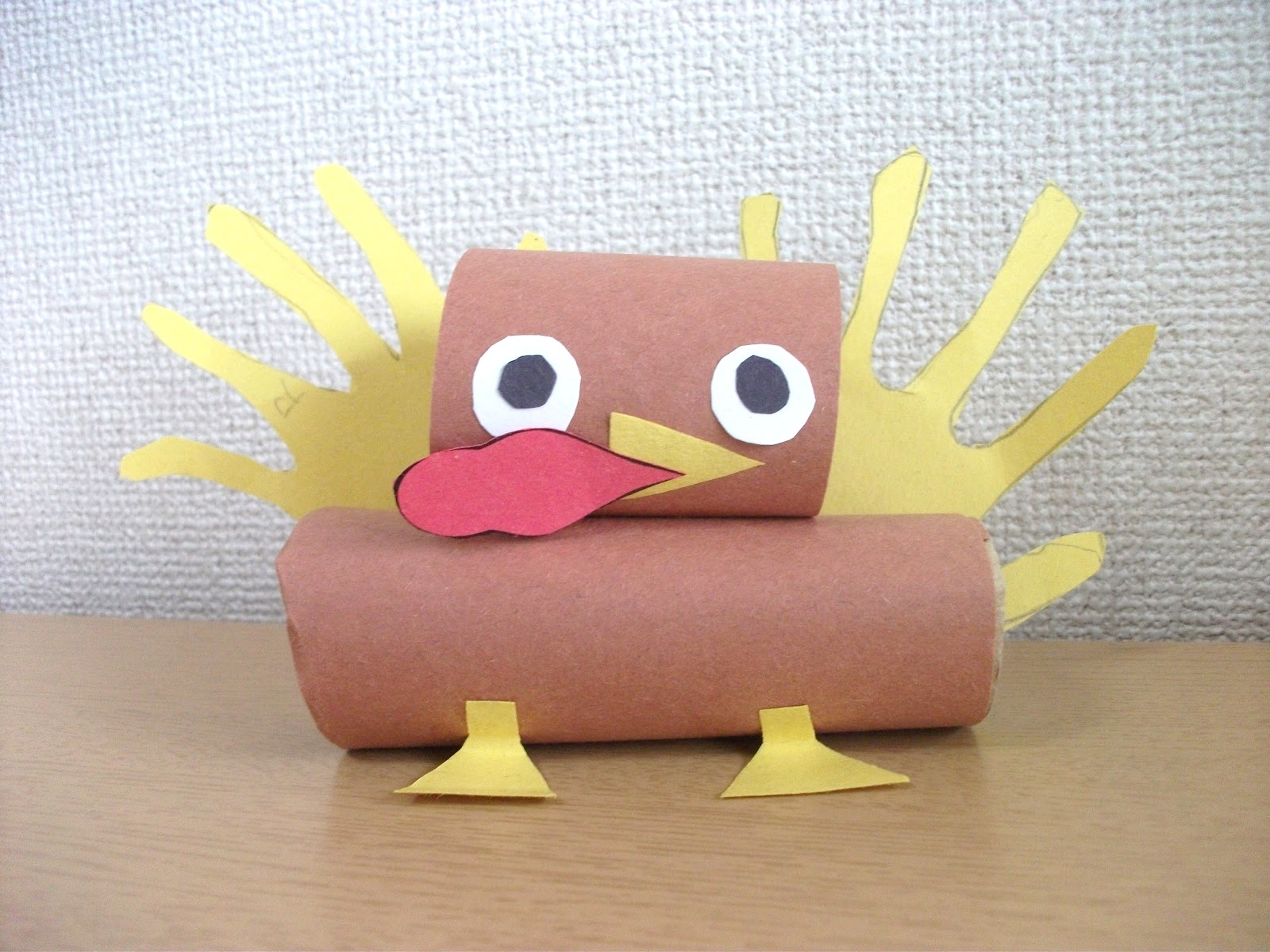 Preschool crafts for kids thanksgiving day toilet roll for Toilet paper roll crafts thanksgiving