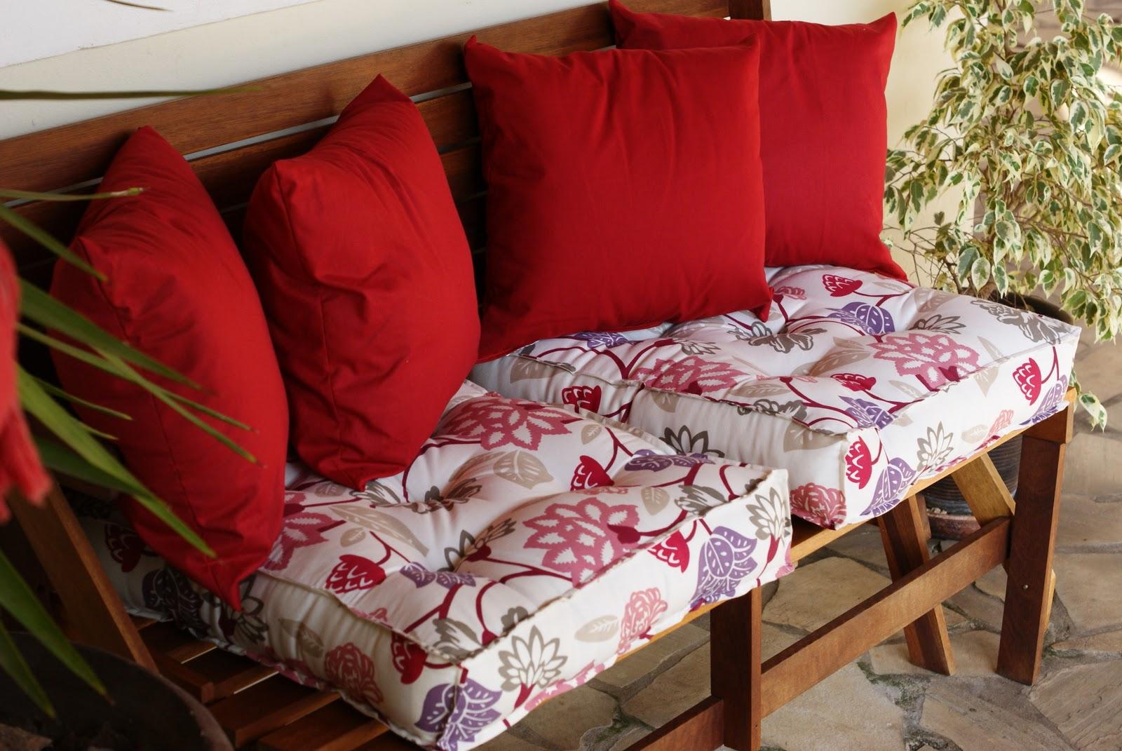 banco jardim que vira mesa:Renovalar – Ideias e dicas para decorar  #B01B20 1600x1071