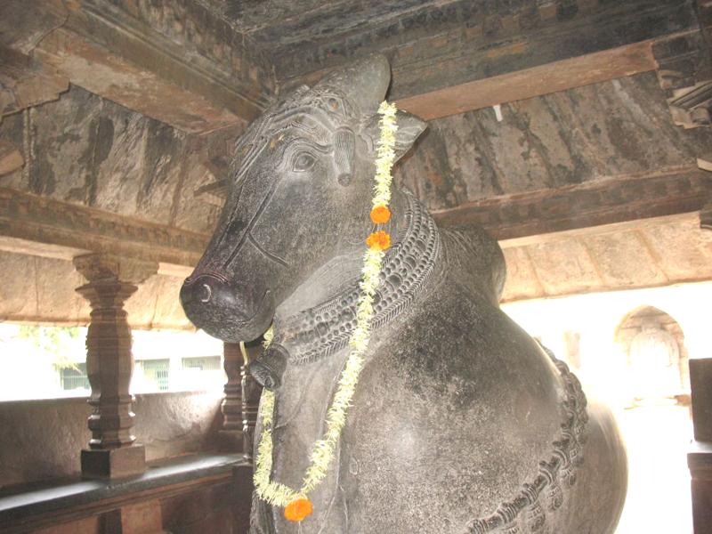 Nandi Statue Madhukeshwara Temple