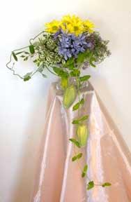 Cắm hoa trang trí phòng khách 07