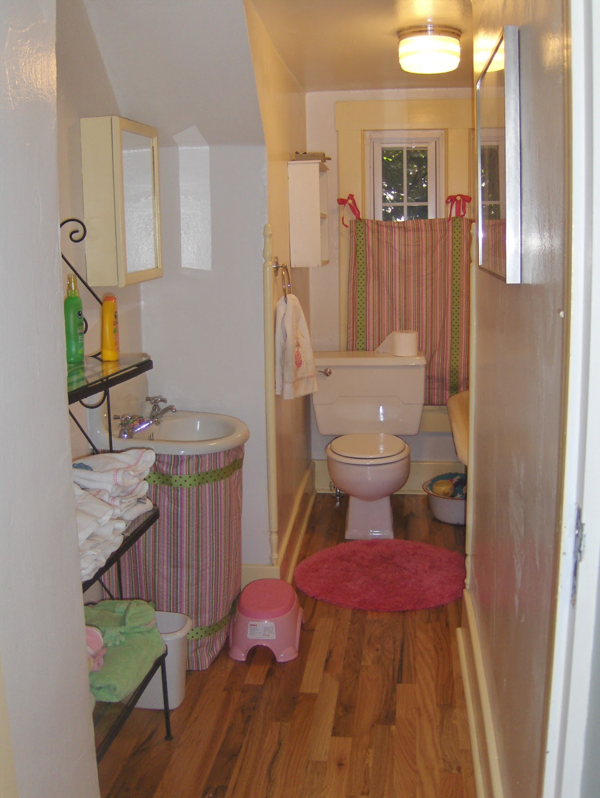 A marmie life very small bathroom remodel for Small bath redo