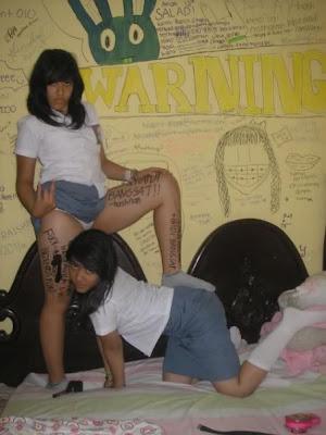 Foto Hot Anak SMU Nakal Kelihatan Anunya