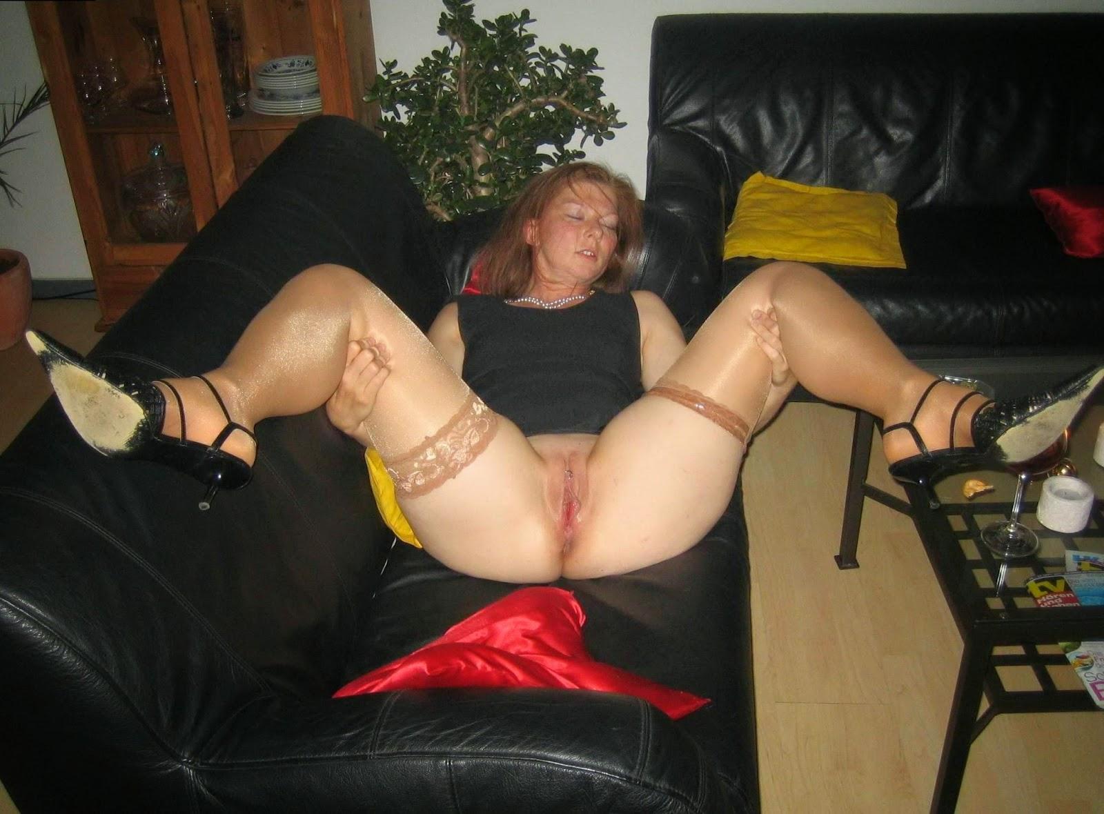 Пьяная женщина без трусов фото, Спящие пьяные девушки (150 фото голых девок.) 2 фотография
