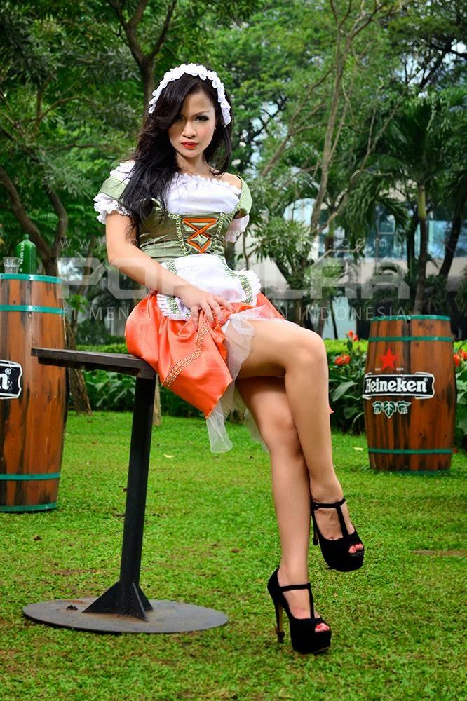 http://wowseleb.blogspot.com/