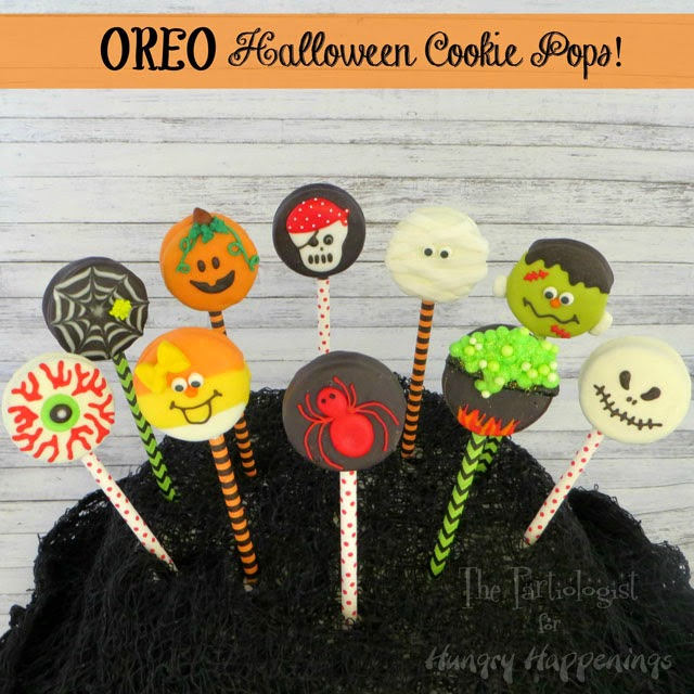 Halloween Oreo Cookie Pops | The Partiologist for HungryHappenings.com