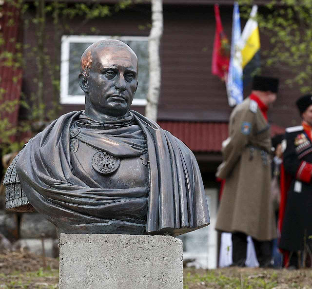 Putin imperador sem cerimônia