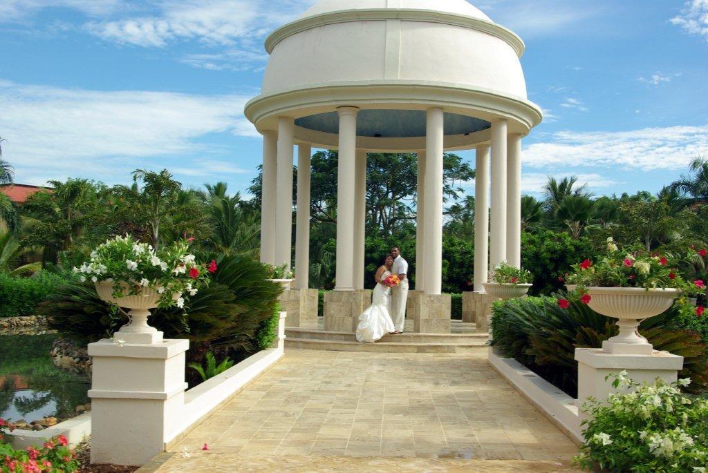 Kimberly And Christopher Wed At The Dreams Punta Cana