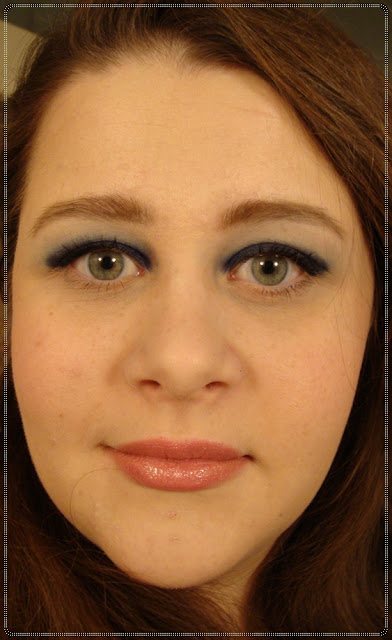 make up s tamnoplavim sjenilima