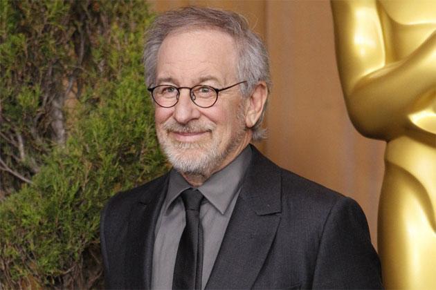 Steven Spielberg Pernah Ditolak Arahkan Bond 007