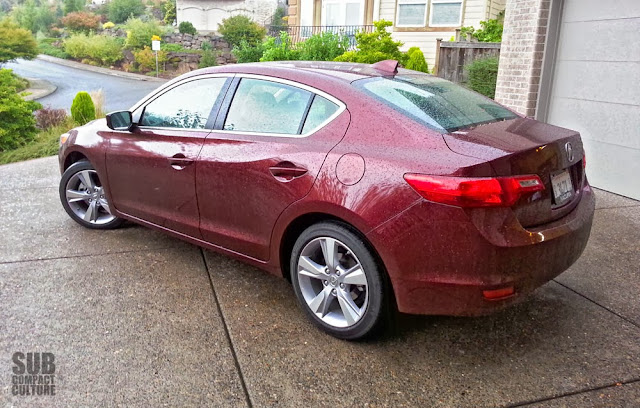 2014 Acura ILX Premium 2.4 rear shot