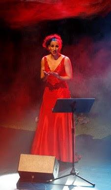 cantora lírica, formadora de Canto, professora de Técnica Vocal