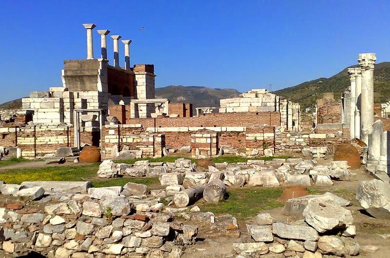 ruiny bazyliki z VI wieku w Selcuk