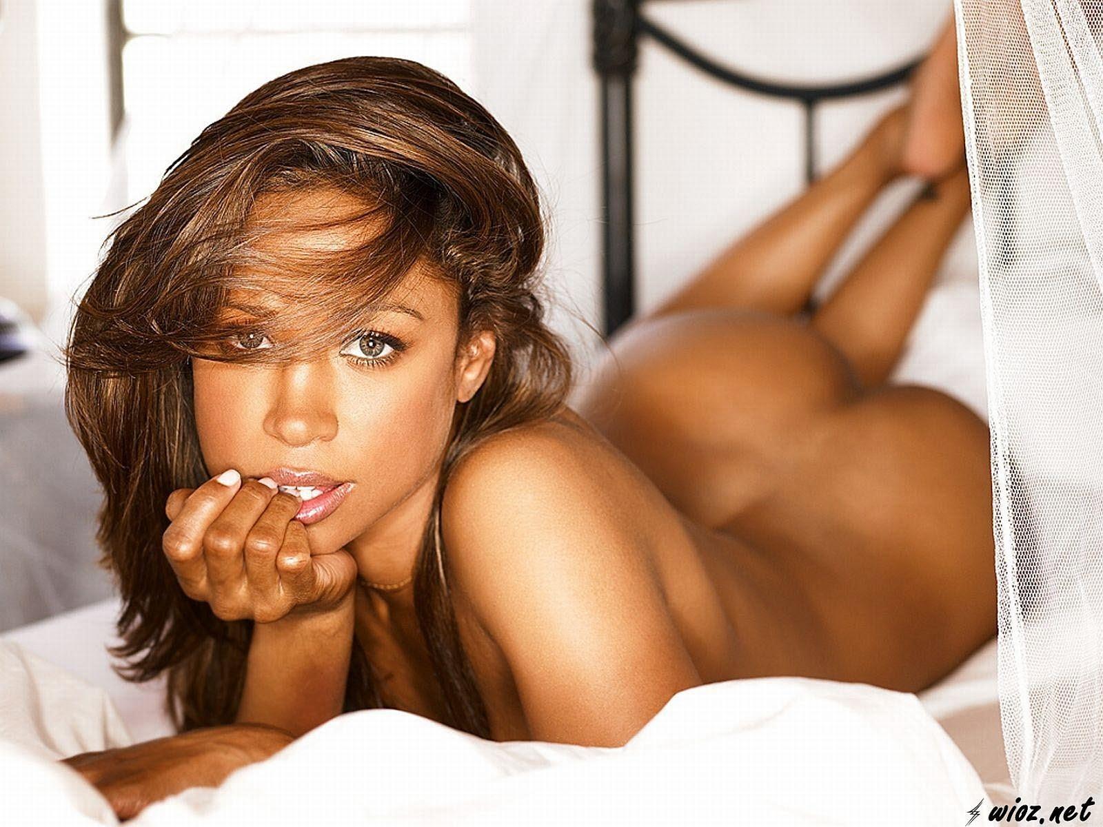 http://2.bp.blogspot.com/-Ao7sbwtIyZ4/UWV6VK_eWwI/AAAAAAAAGrM/W_LqSKlYvLc/s1600/stacey-dash-nude-hot-single-ladies-vh1-hq-hd.jpg